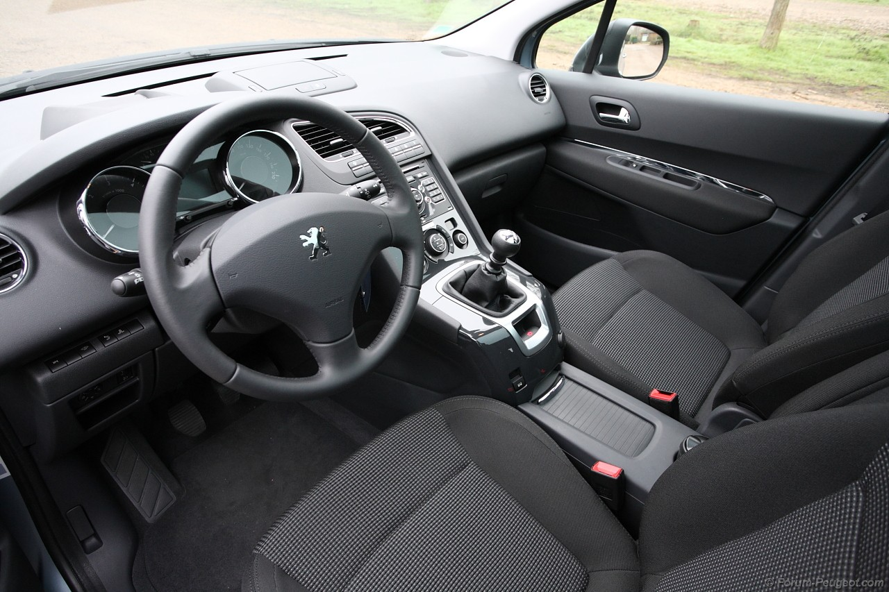 interieur peugeot 208 related keywords interieur peugeot