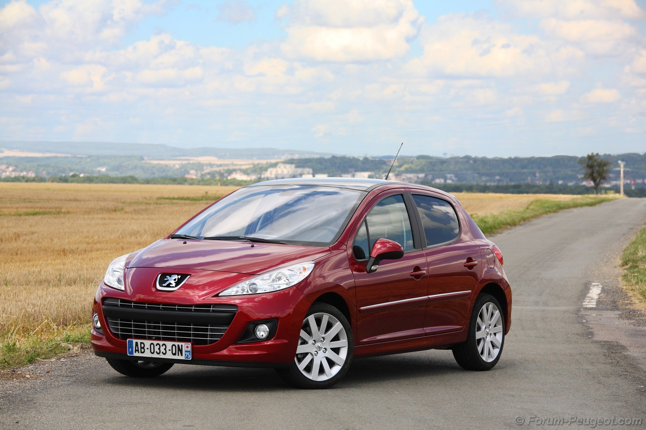 peugeot 207 pictures posters news and videos on your pursuit hobbies interests and worries. Black Bedroom Furniture Sets. Home Design Ideas