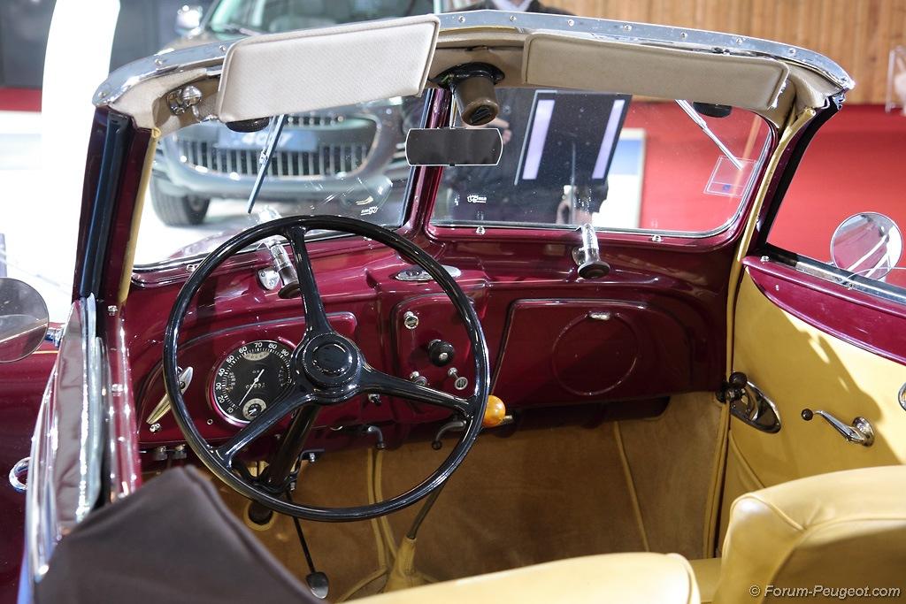 Forum peugeot photos des v nements peugeot 302 cabriolet for Salon cabriolet